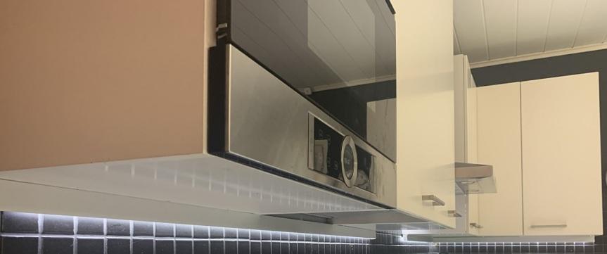 LED-nauha keittiön kaappeihin, osa1