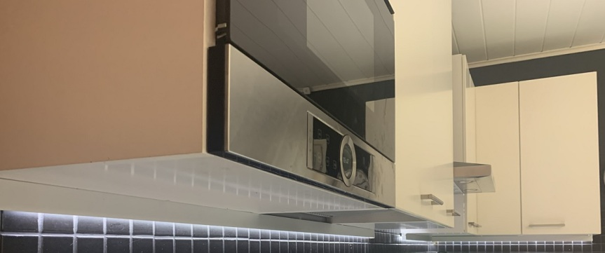 LED-nauha keittiön kaappeihin – RGB+CCT – osa1