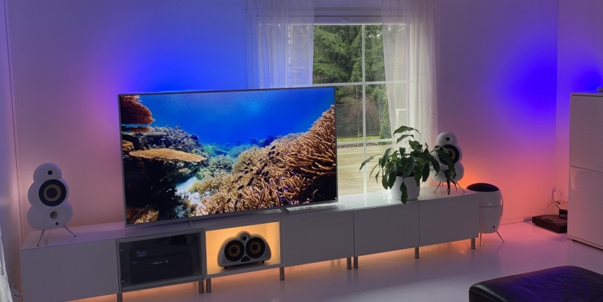 Philips Ambilight TV & Philips Hue valot