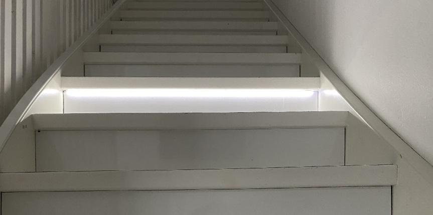 Led-nauha portaisiin – osa2